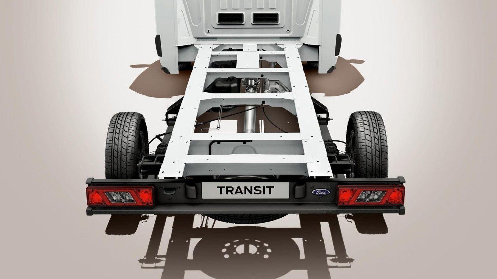 Achteraanzicht Transit Chassis Cab