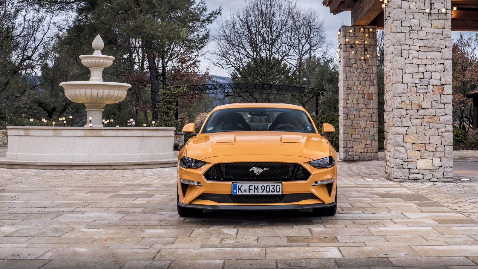 Ford Mustang de imposante voorkant