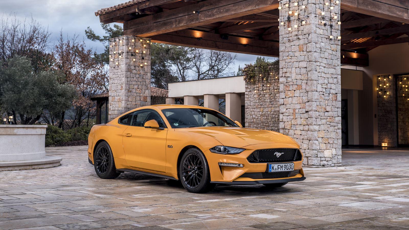 Ford Mustang_Orange_Fury_