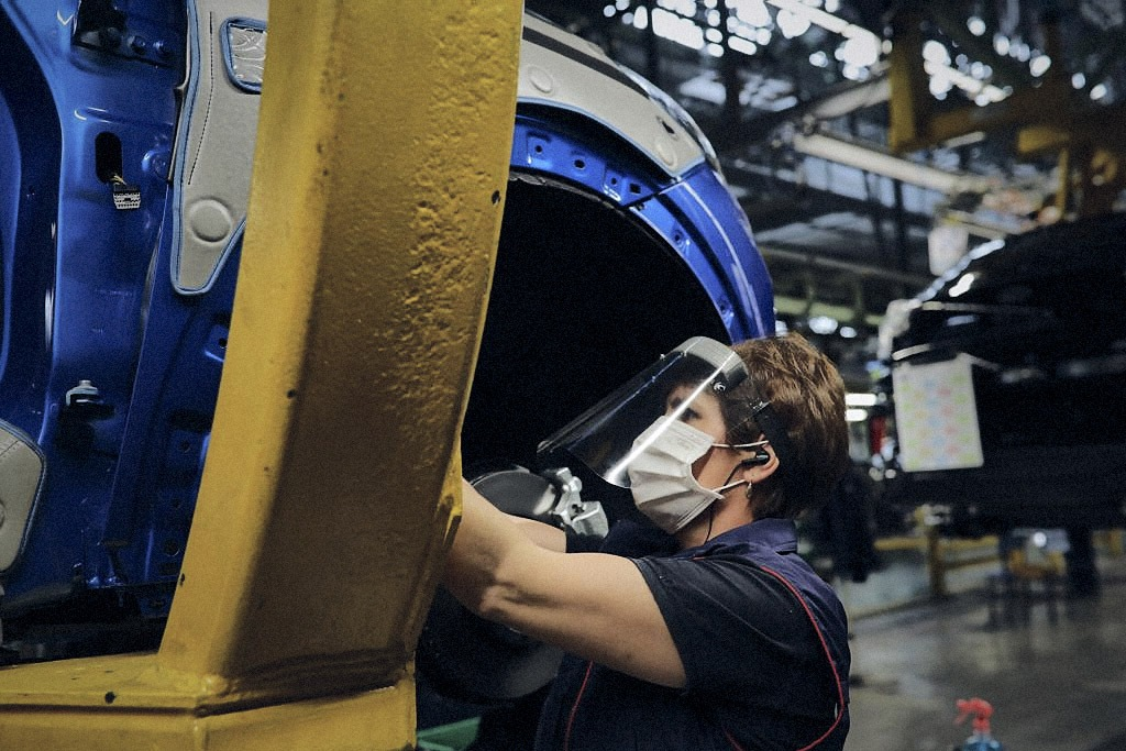 ROMANIA - Let's Get Moving – Ford Production Lines in Europe